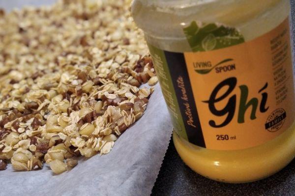 domaci-granola-recept-209C6C80B-CDE9-84D7-6364-F224EA709EBC.jpg